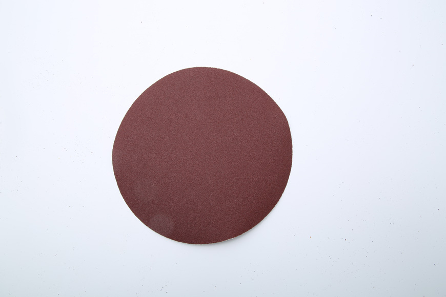 Flannelette piece of brown fused alumina round 180 mm hole